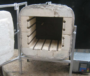 Kiln for dentistry and jewellery